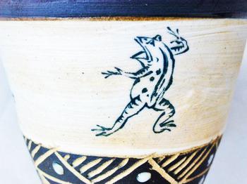 鳥獣戯画マグカップ(アンティーク調)3.JPG